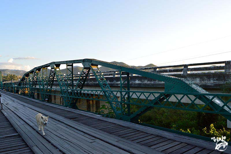Paseo por el memorial bridge de Pai.