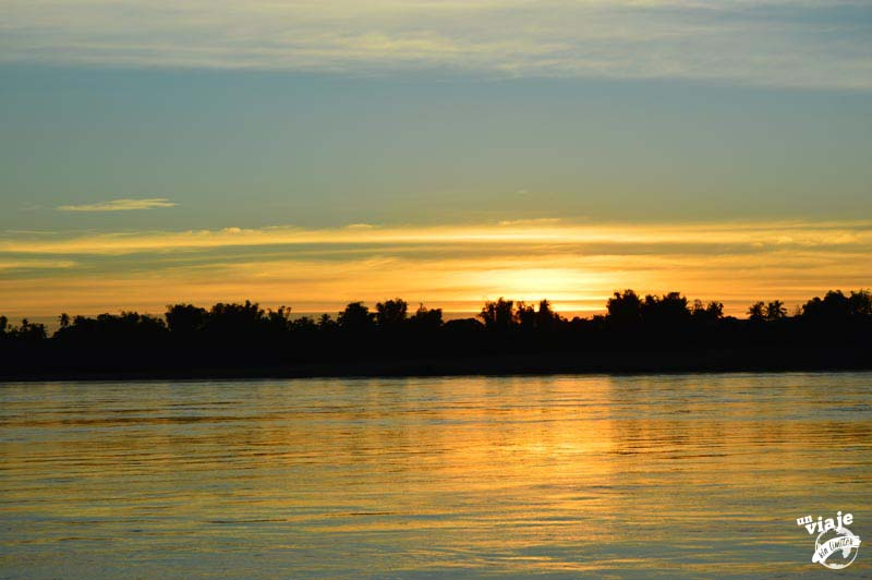 Atardecer sobre el río de Kratie, en Camboya.