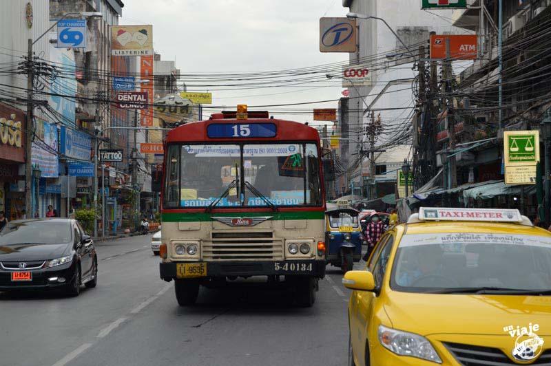 Transportes públicos en Bangkok.