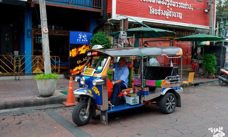El transporte tipico de Tailandia: el tuk-tuk