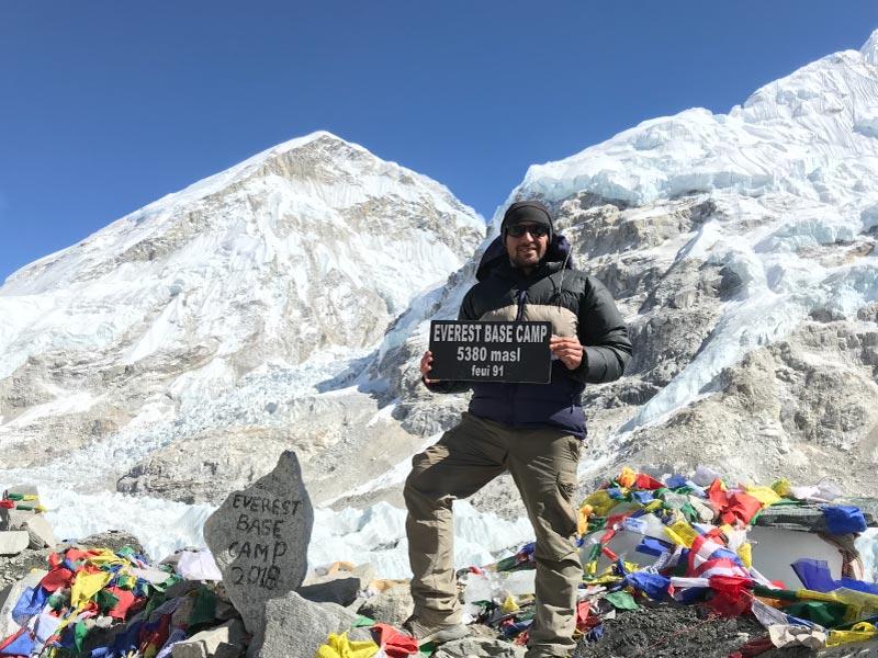Cima del Campo Base del Everest.