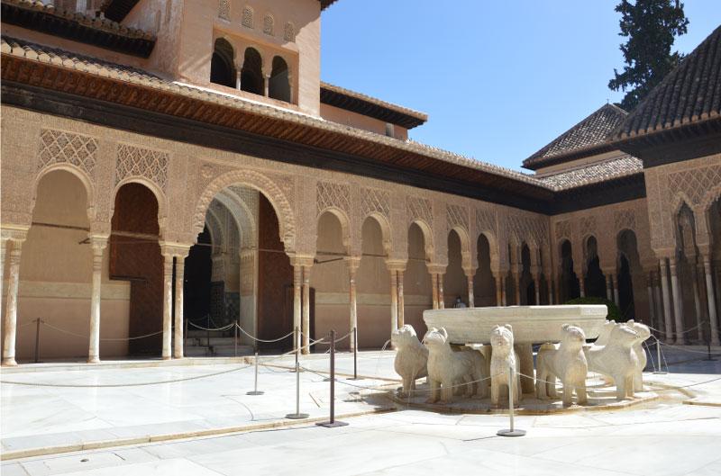 Patio de los Leones - Que ver en Granada